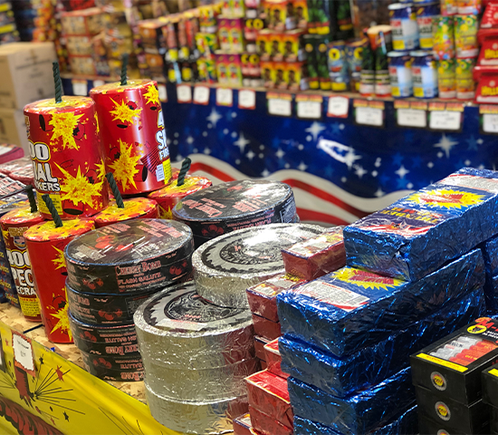 Click Big Deals - Celebrate the 4th of July at Discount Firework Outlets with 50% OFF! Get $50 for only $25!